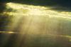 ID 3450987 | Nebel und Wolken mit Lichtstreifen | Foto mit hoher Auflösung | CLIPARTO