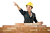 ID 3443909 | Junge weibliche Builder Nähe Ziegelmauer | Foto mit hoher Auflösung | CLIPARTO