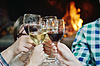 ID 3402328 | Распитие вина в ресторане | Фото большого размера | CLIPARTO