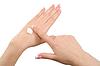 Stosując krem do rąk | Stock Foto