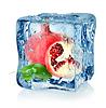 Ice Cube und Granatapfel | Stock Foto