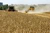 ID 3574742 | Wheat field harvesting with agricultural machinery | Foto stockowe wysokiej rozdzielczości | KLIPARTO