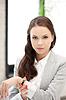 Atrakcyjne businesswoman z zegarkiem | Stock Foto