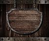 ID 3658414 | Wieku średniowiecznego tarcza szyld wiszący na łańcuchach | Foto stockowe wysokiej rozdzielczości | KLIPARTO