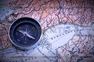 Kompas na mapie | Foto stockowe wysokiej rozdzielczości |ID 3469979