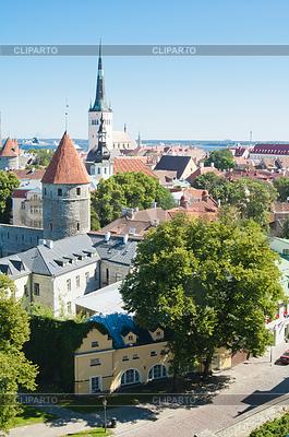 Widok na Stare Miasto w Tallinie, Estonia | Foto stockowe wysokiej rozdzielczości |ID 3694818