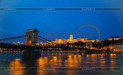 Szechenyi Hängebrücke in Budapest, Ungarn | Foto mit hoher Auflösung |ID 3469205