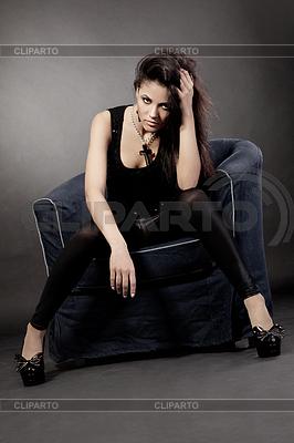 Portrait of an attractive mixed race woman | Foto stockowe wysokiej rozdzielczości |ID 3389331