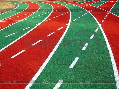 Laufbahn in einem Stadion mit Markierungen | Foto mit hoher Auflösung |ID 3392578