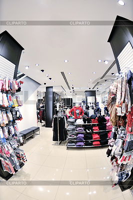 Coole Kleidung im Laden | Foto mit hoher Auflösung |ID 3402682