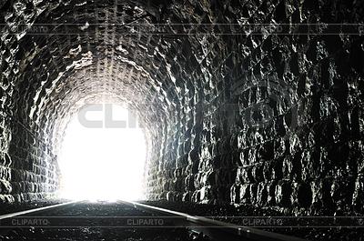 Tunnel end light | Foto stockowe wysokiej rozdzielczości |ID 3415149