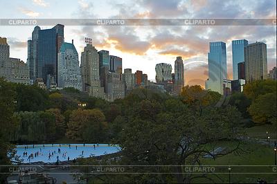 Нью-Йорк. Каток Ice Skate | Фото большого размера |ID 3437468