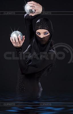 Ninja dance | Foto stockowe wysokiej rozdzielczości |ID 3622779